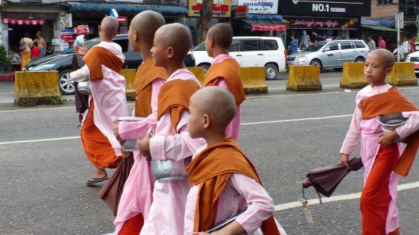 rencontres entre bouddhistes
